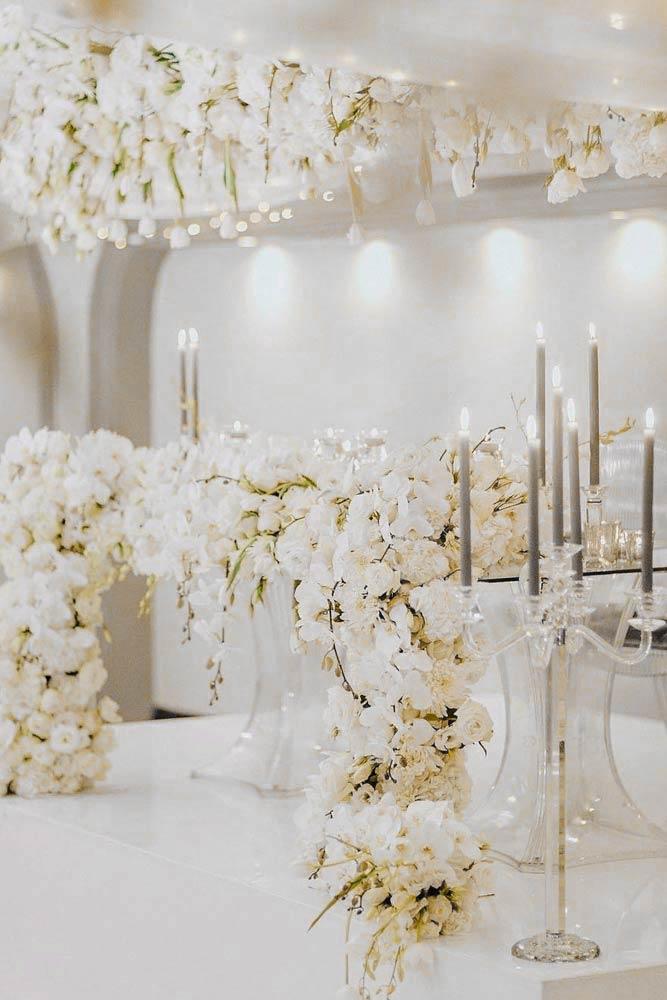 White Wedding Flowers Decor #whiteflowers #weddingflowers