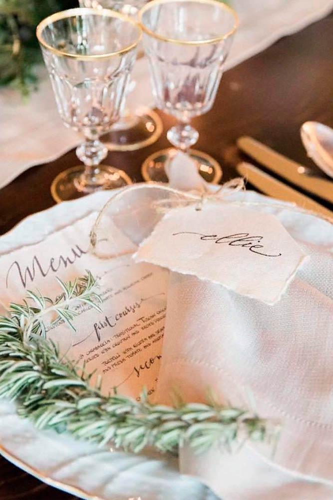 Small But Essential Element - Napkins #weddingdecor #napkins