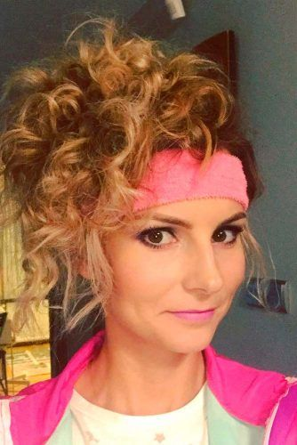 Curly Workout 'Do With Sweatband #sweatband #curlyhair