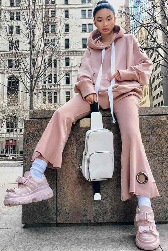Platform Sneakers Outfit #platformsneakers