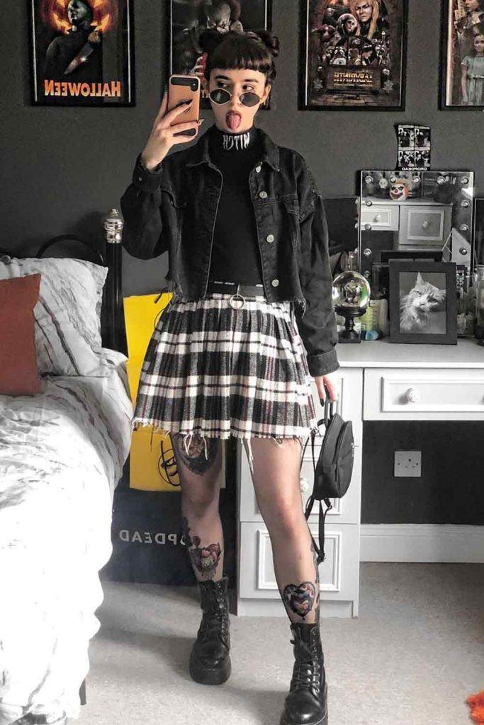 How do you dress grunge?