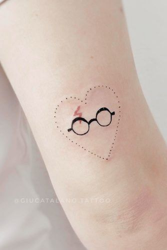 Harry Potter Glasses And Scar Tattoo #harrypotterscartattoo #hearttattoo