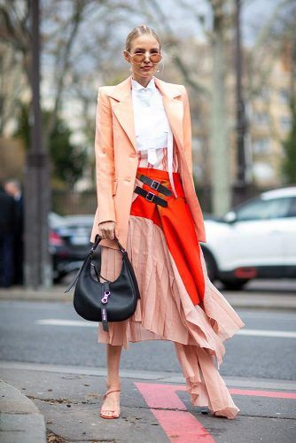 Leonie Hanne At Paris Fashion Week #leoniehanne