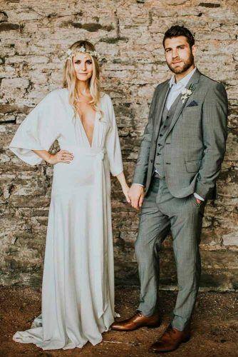 Simple Boho Wedding Dress With V-Neck #bohoweddingdress #caftandress