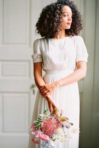 Simple Puffed Sleeves Wedding Dress #puffedsleeves #elegantweddingdress