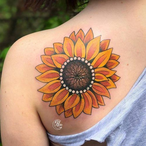 Traditional Style Sunflower Shoulder Tattoo #shouldertattoo