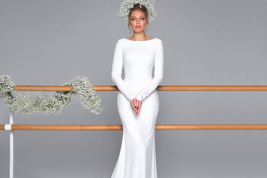 Beautiful And Simple Wedding Dresses To Consider