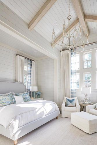 Classic Bedroom Design With Vaulted Ceiling #whitebedroom