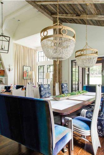 Living Space With Combined Vaulted Ceilings #frenchstyle #dinnerspace