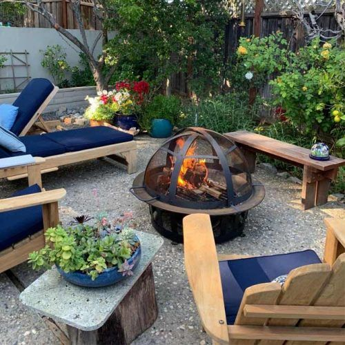 Fire Pit Area With Chaise Longue #backyardarea