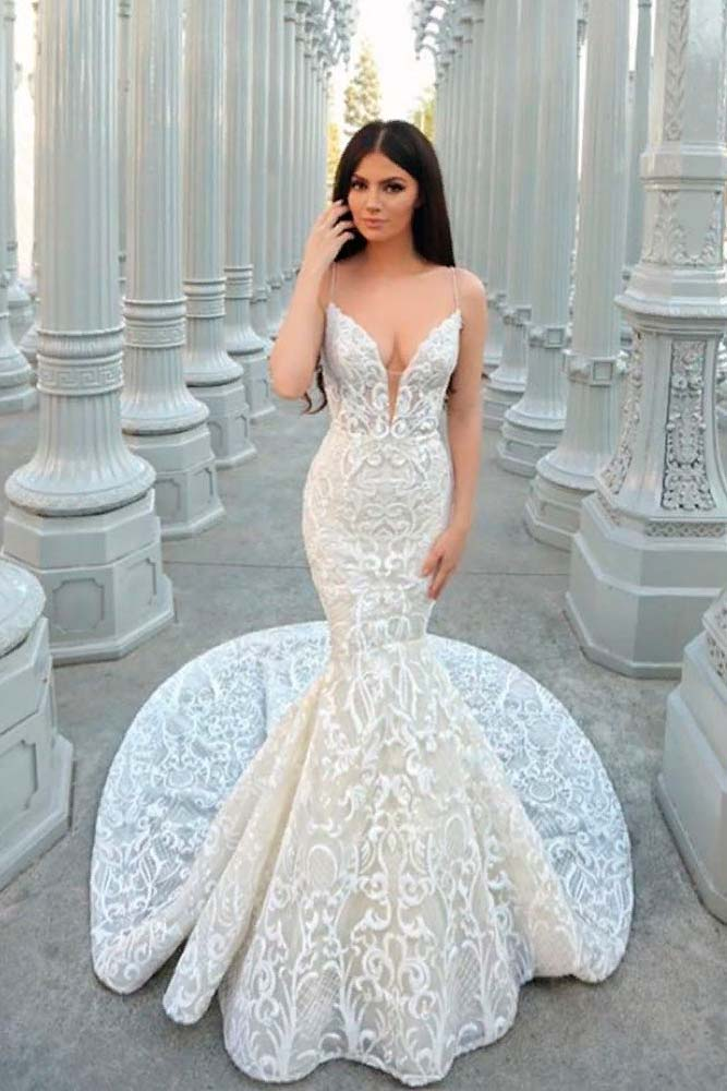 Deep Cleavage Wedding Dress #deepcleavage #weddingdress