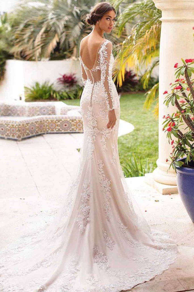 What Is Trumpet Wedding Dress? #trumpetdress #trumpetweddingdress