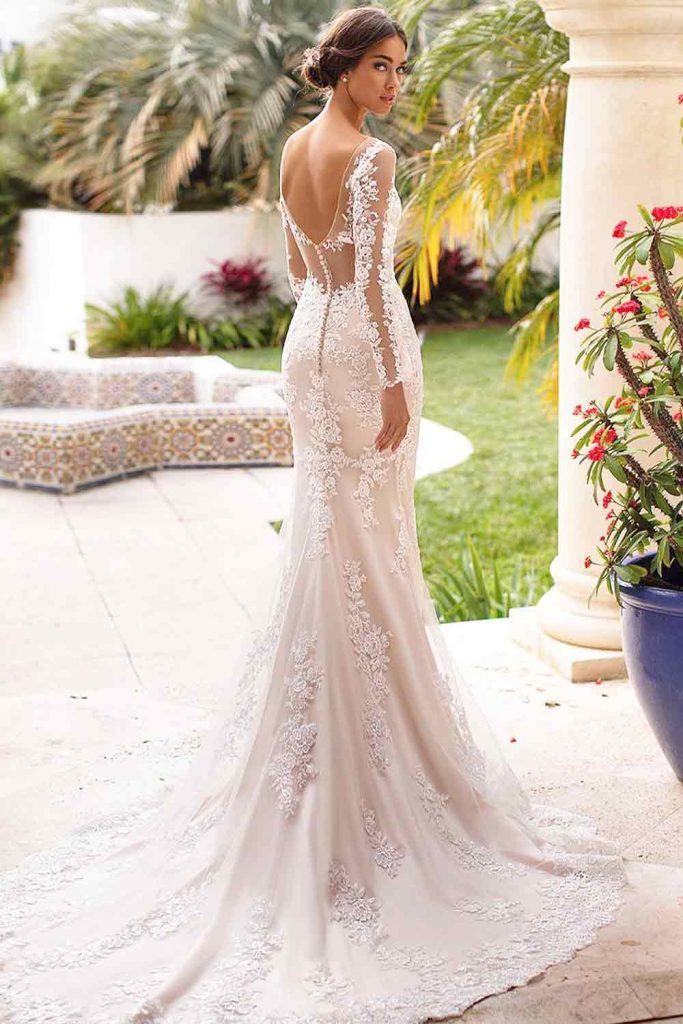 What Is Trumpet Wedding Dress? #trumpetdress #trumpetweddingdress