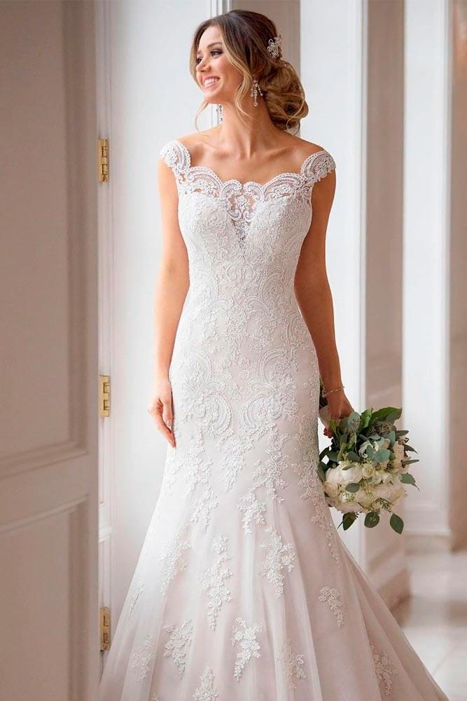 Shoulder Off Wedding Gown #weddinggown #shoulderoff
