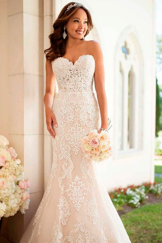 Sweetheart Lace Mermaid Wedding Dress #weddingdress #straplessweddingdress