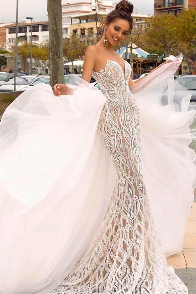 Can I Wear A Mermaid Wedding Dress? #prettyweddingdress #sexybride