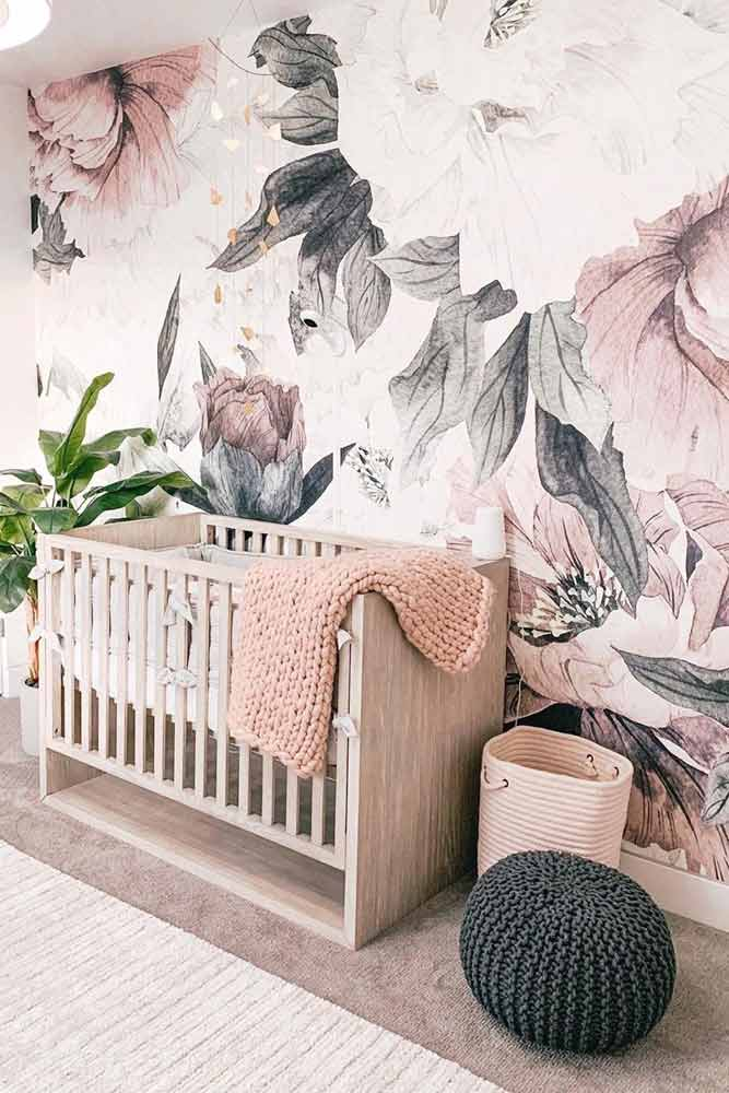 Girly Nursery Idea With Floral Wall #paintedwall