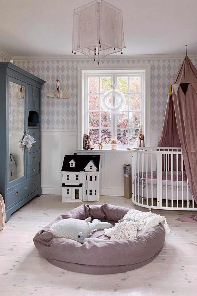 Nursery Idea In Pastel Colors