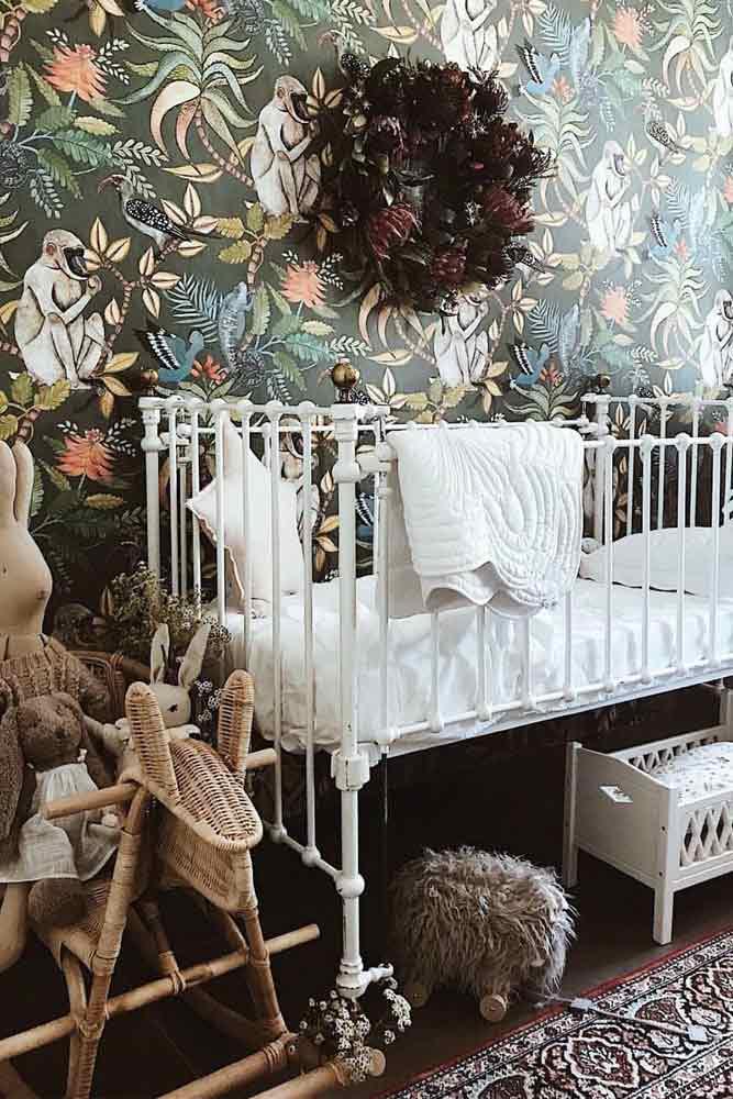 Vintage Style For Girl's Nursery #vintagenursery #flowerwallpaper