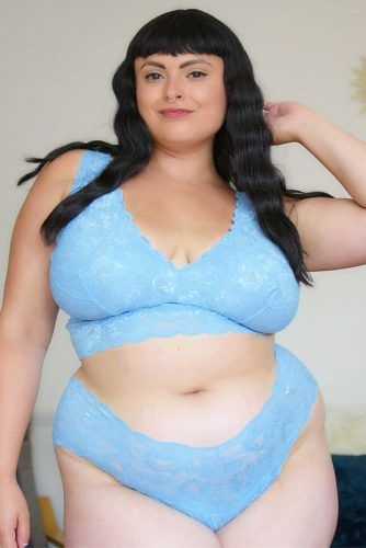 Blue Lace Bralette And Thong Set #bluelacelingerie
