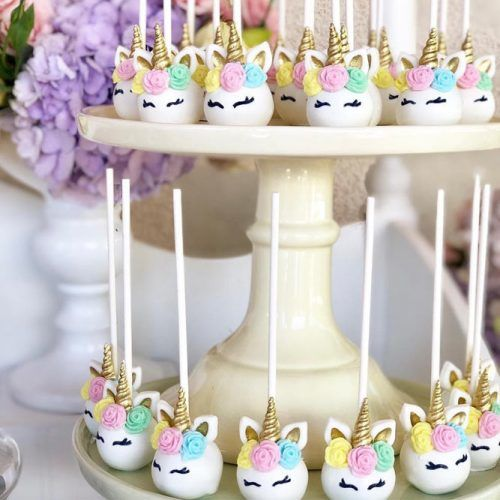 Unicorn Cake Pops Idea #unicorncakepops