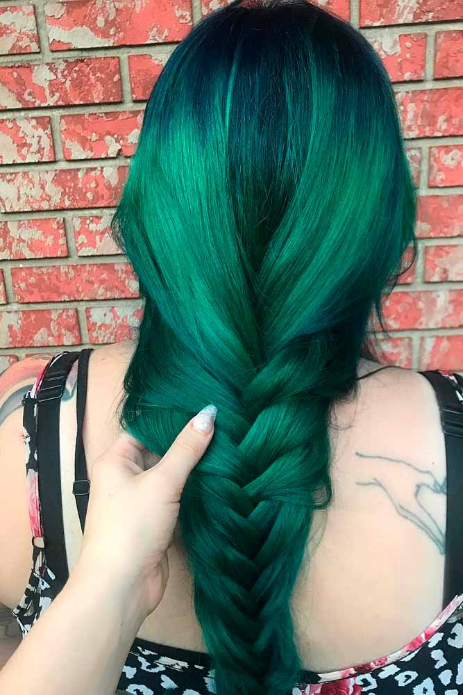 Emerald Green Hair #colorfulnails #braidedhair