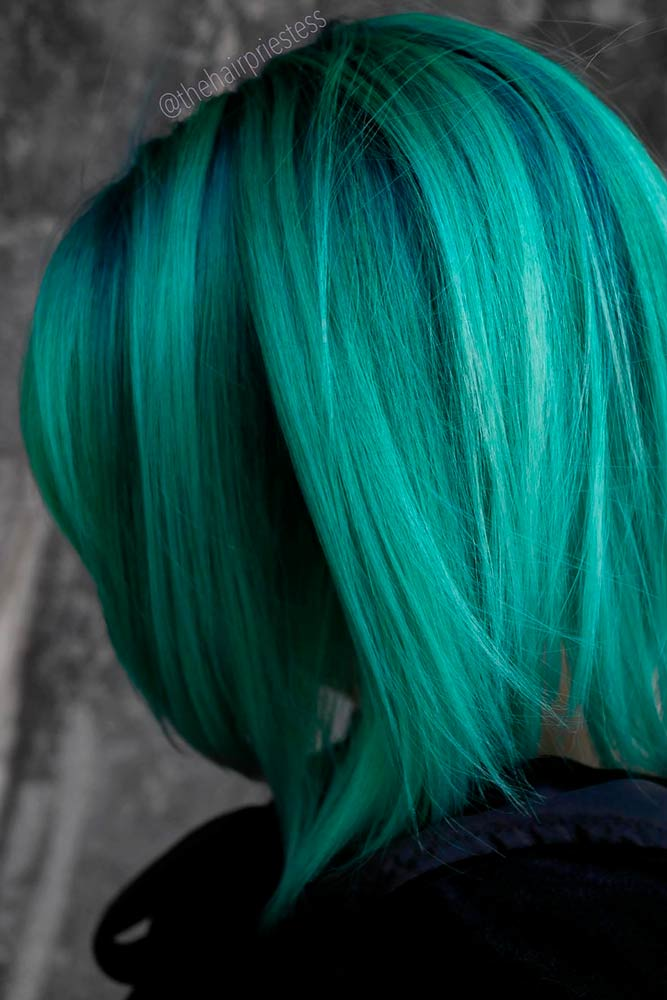 Forest Green Hair #colorfulhairstyles #bobhairstyles