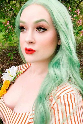 Pastel Green Hair  #colorfulhair #pastelgreenhair