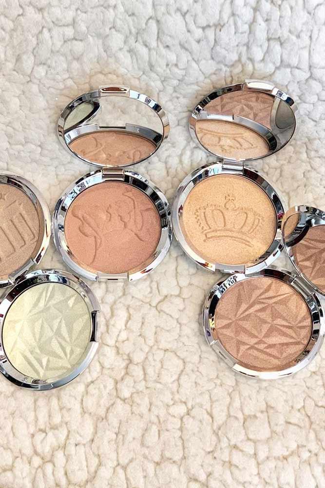 Becca Shimmering Skin Perfector Pressed Highlighter #beccahighlighter