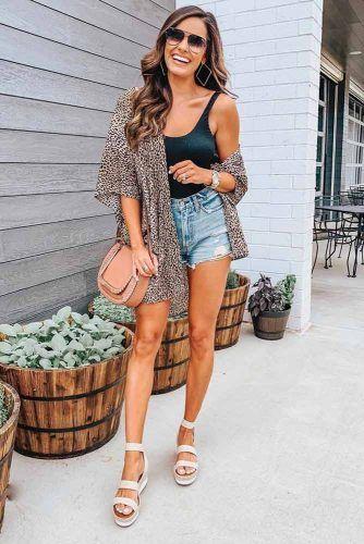Leopard Kimono With Denim Shorts Outfit #leopardkimono
