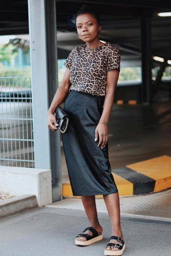 Black Satin Skirt With Leopard T-Shirt Outfit #satinskirt #leopardtshirt