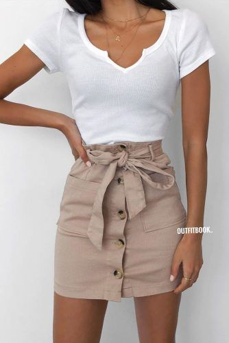 Classy Look With Beige Mini Skirt #beigeminiskirt #pencilskirt