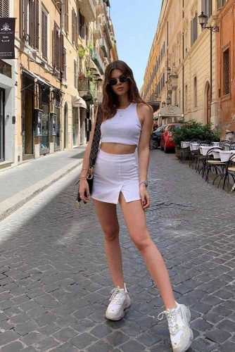 Sporty Look With White Mini Skirt #whiteskirt #sportylook