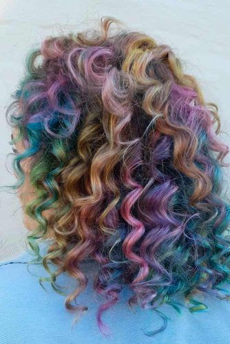 Can You Have A Perm And Still Color Your Hair? #colorfulhair #curlyhairstyles
