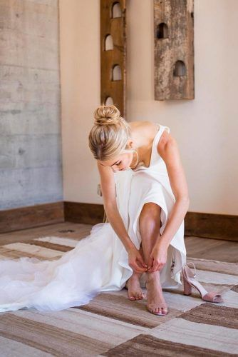 Getting Ready #wedding #weddingphoto #bride