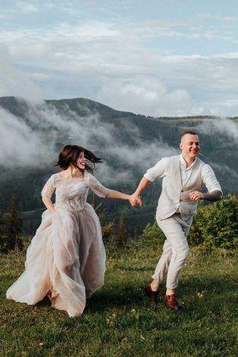 Couple Walk #wedding #weddingphoto