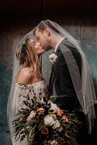 Kiss Under Veil #love #wedding #kiss