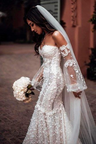Wedding Dress With Volume Embroidery #embroedereddress #weddingdress