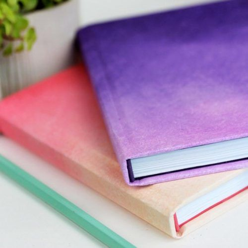 DIY Ombre Journals School Supplies #ombrejournal