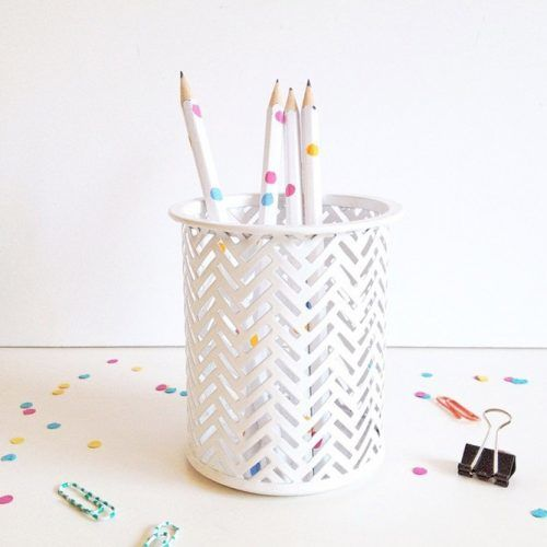 DIY Confetti Pencils School Supplies #confettipencils