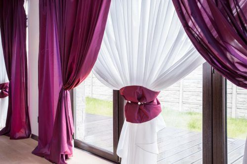 Fabulous And Stylish Curtains To Hang In Every Room