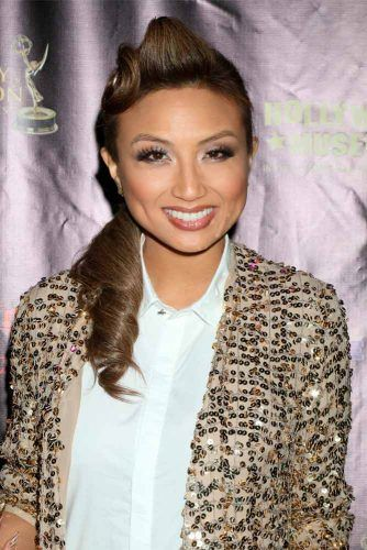 Easy Pompadour Ponytail #leanniemai #easyhairstyles
