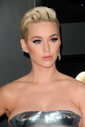 Slicked-Down Pompadour #katyperry #shorthair