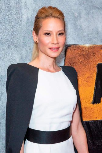 Sleek Pompadour #lucyliu #blondehair