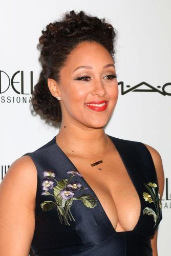 Curly Pompadour #tameramowryhousley #curlyhair