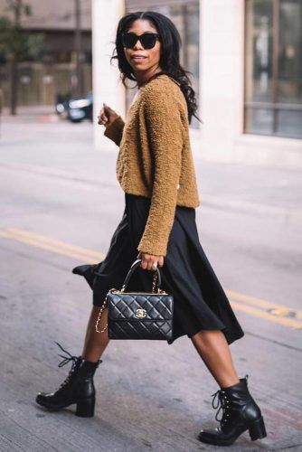 Classic Sweater With Sleek Boots Outfit #blackskirt #sweater