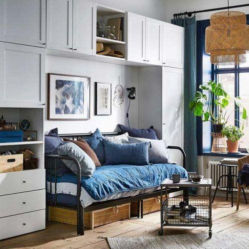 Metallic Futon Bed Design #metallicframe #futonsofa