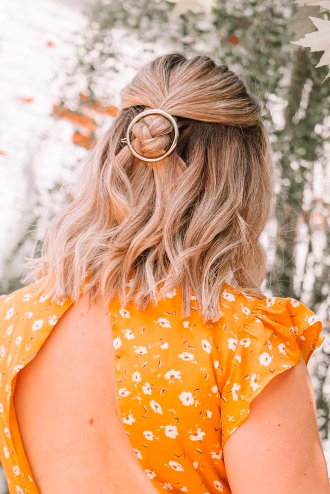 Minimalistic Style #shorthairstyles #hairaccessories