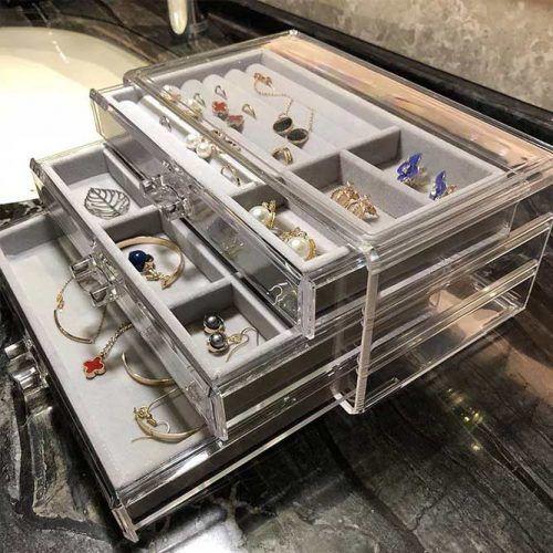 Acrylic Jewelry Organizer #jewelrybox