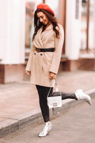 Beige Coat With Rust Red Beret #falloutfit